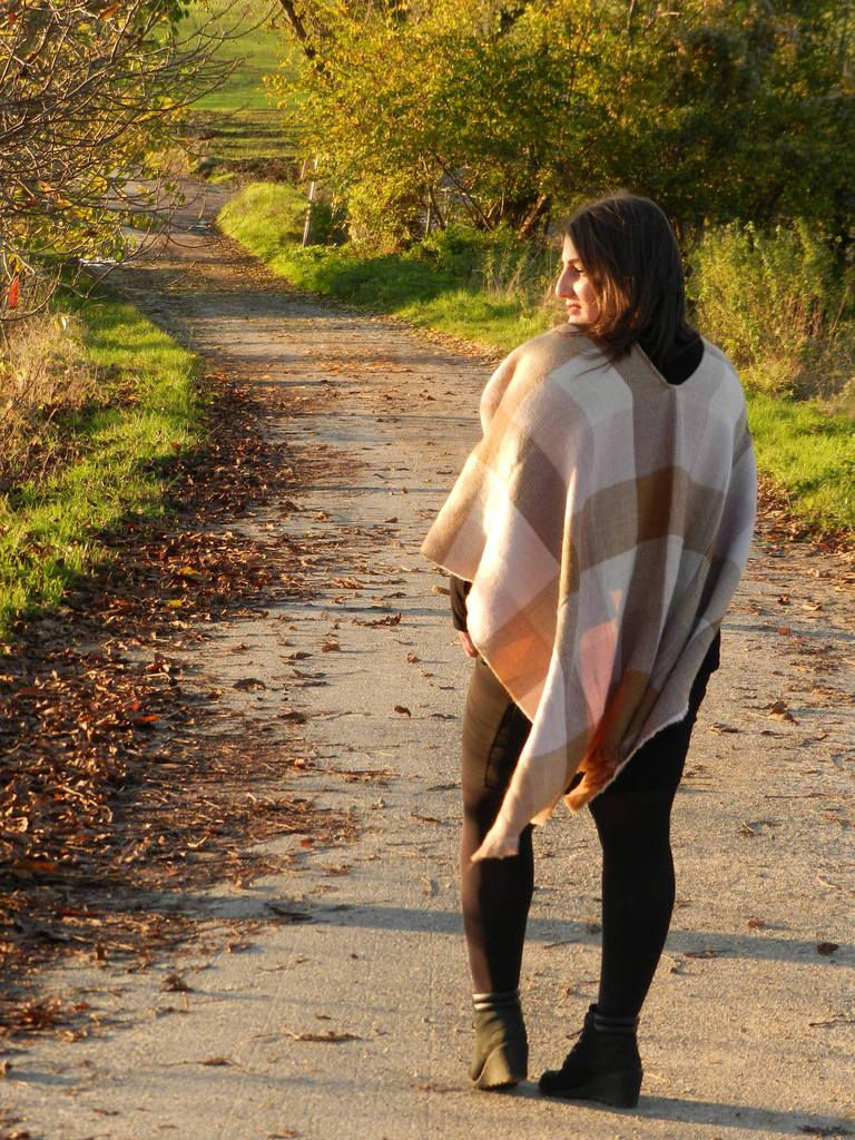 Mon poncho à carreaux - French Curves Challenges