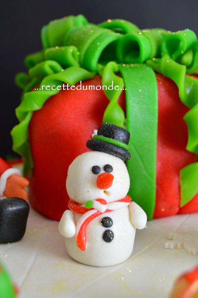 Gâteau de Noël 3D en pâte d'amande - christmas Cake