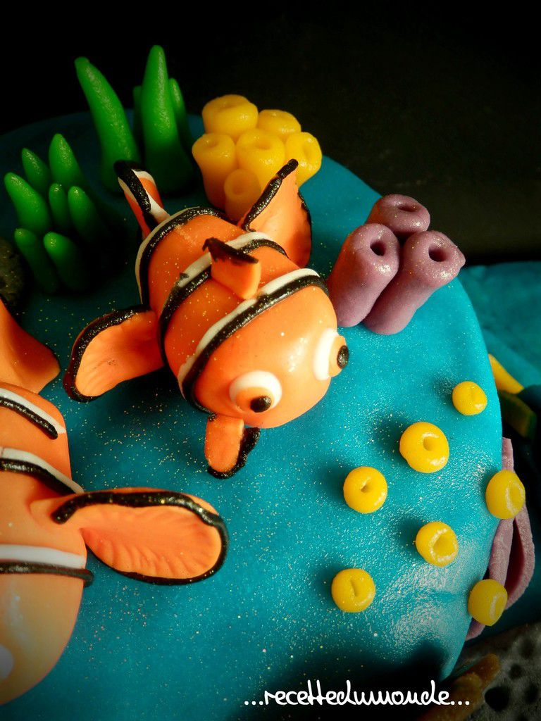Gâteaux Nemo 3D pâte amande Nemo's cake - Inaya 3ans