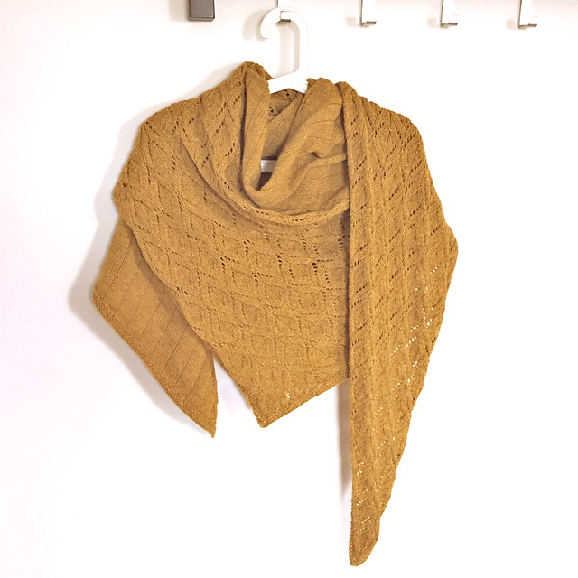 Candle lights shawl