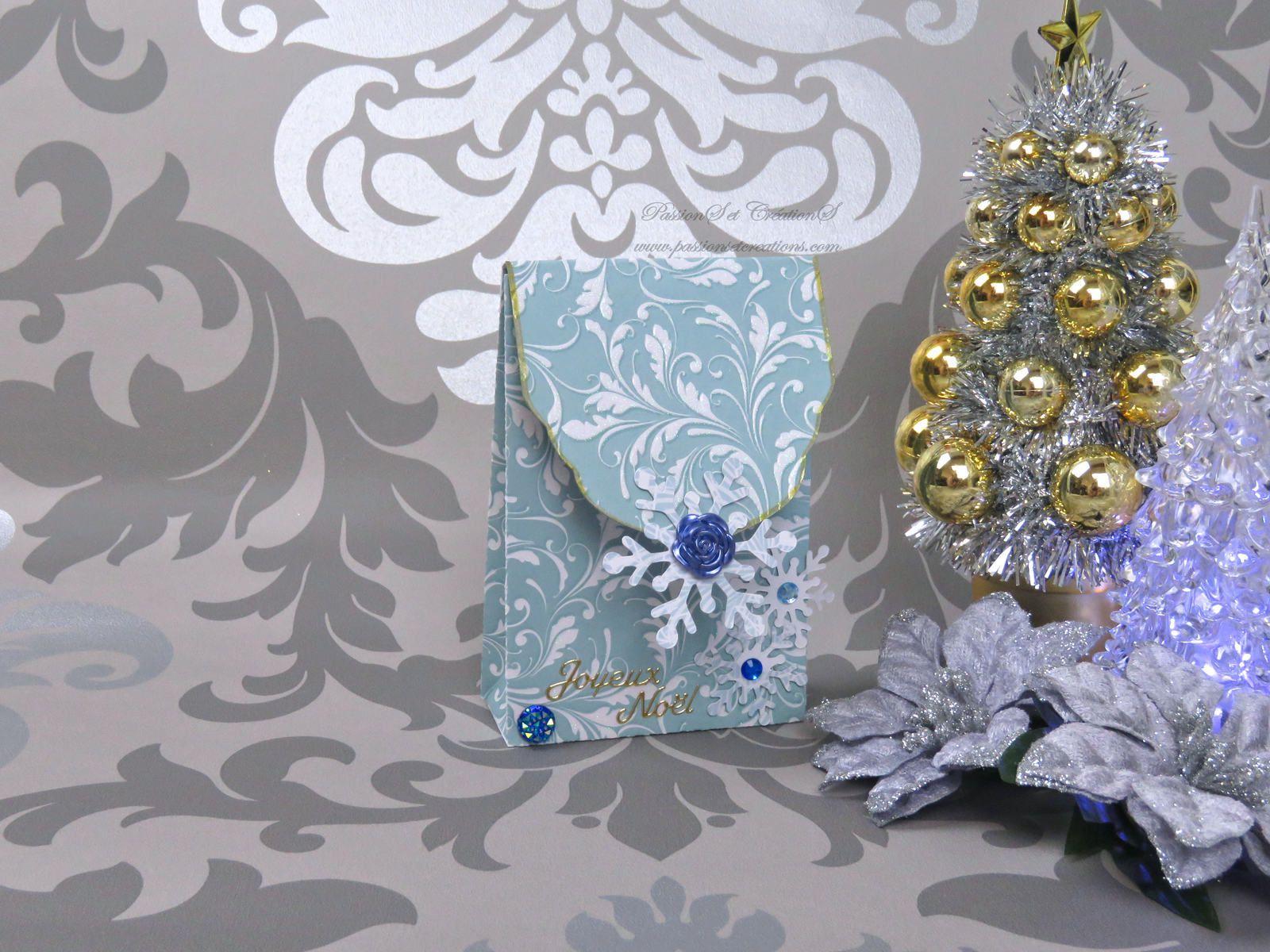 Sac - Sachet - Cadeaux - 2019 - Noël - Flocons - Joyeux - Strass - Stickers - Fleurs - Bleu - Scan N Cut - CM600 - Canvas Workspace