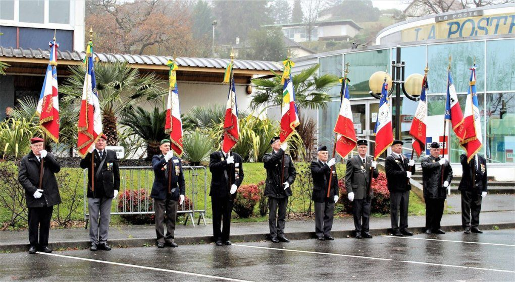 Cérémonie Prise d'Arme à Mourenx... sous la pluie...