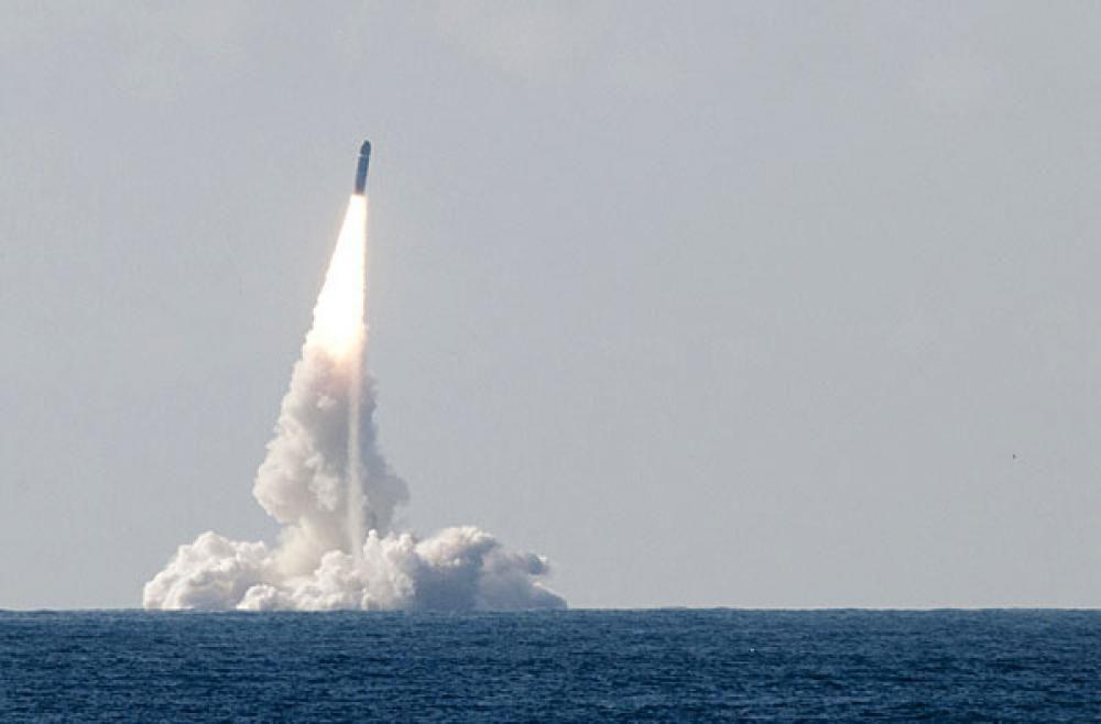 Nucléaire militaire : Hollande préfère la bombe à l'électricité