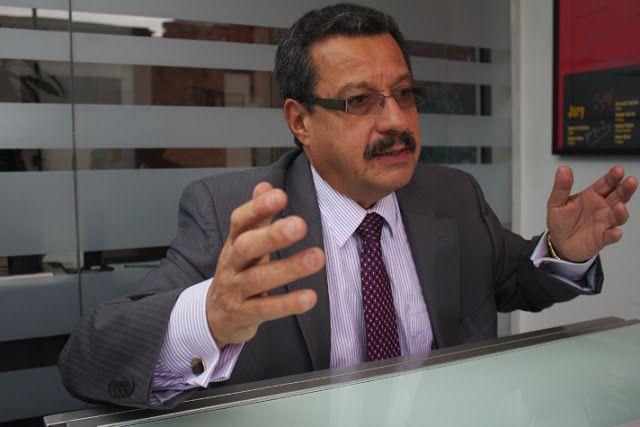 Carlos Lozano directeur de VOZ Bogota