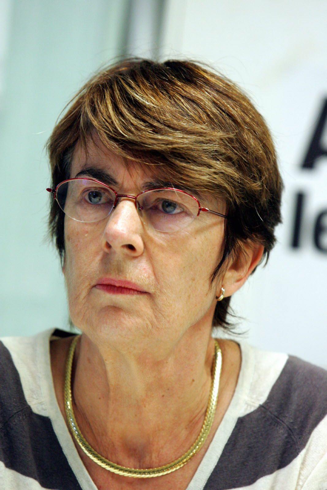 Intervenir sur les plans d'urgence économique par Evelyne Ternant