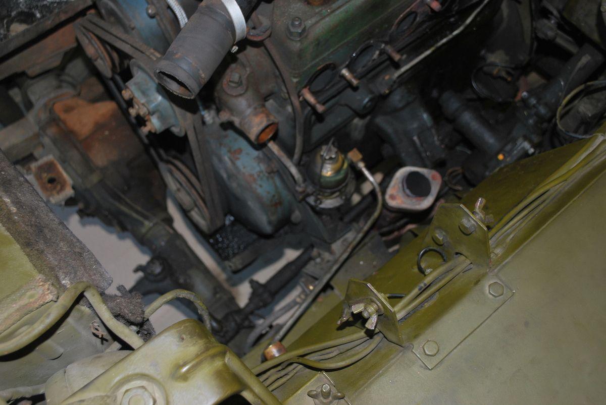 crédit photos Alain Chaussade - remplacement de l'embrayage d'une Jeep