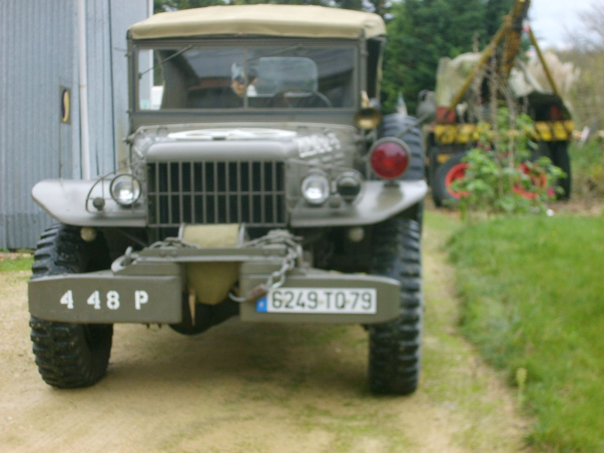 RESTAURATION WC 58 COMMAND-CAR
