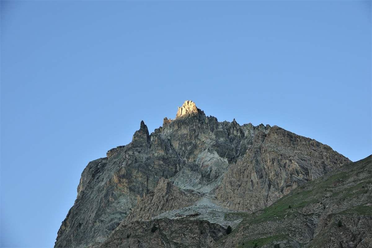 Mont Maniglia , Tête de la Roure , Tête de CialanCioum