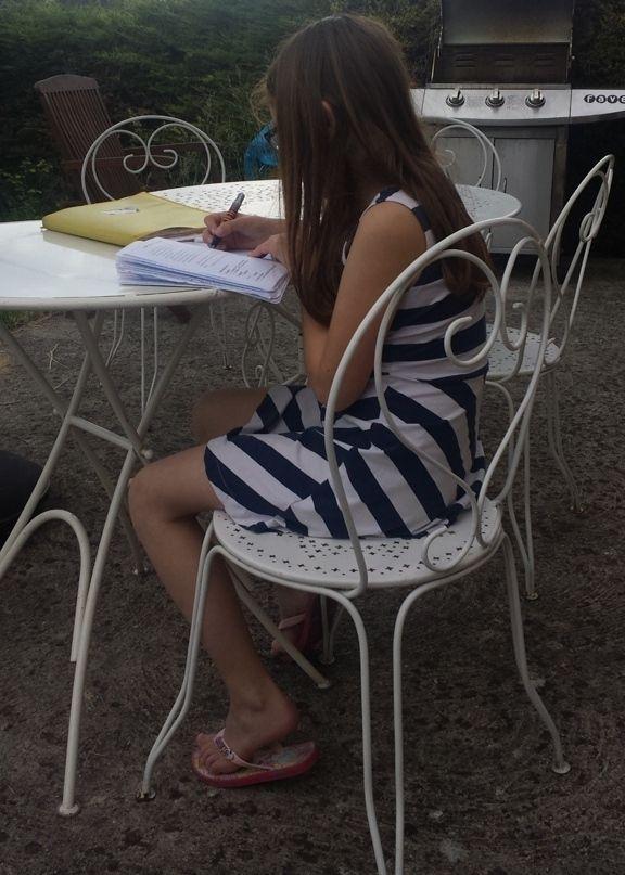 Une élève studieuse