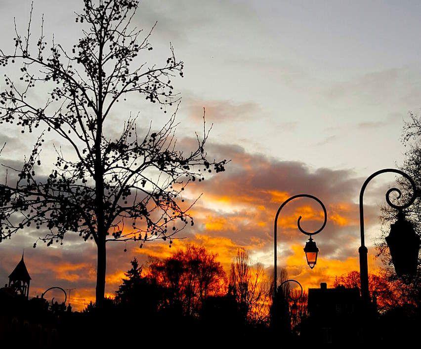 Les couchers de soleil de plus en plus tardifs de février...