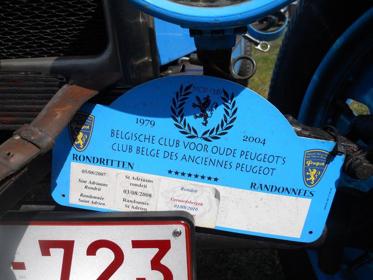 Découverte Villeneuvoise - PEUGEOT 201 S, 201 CS ou fameuse 201 X à moteur 4 cylindres Bugatti