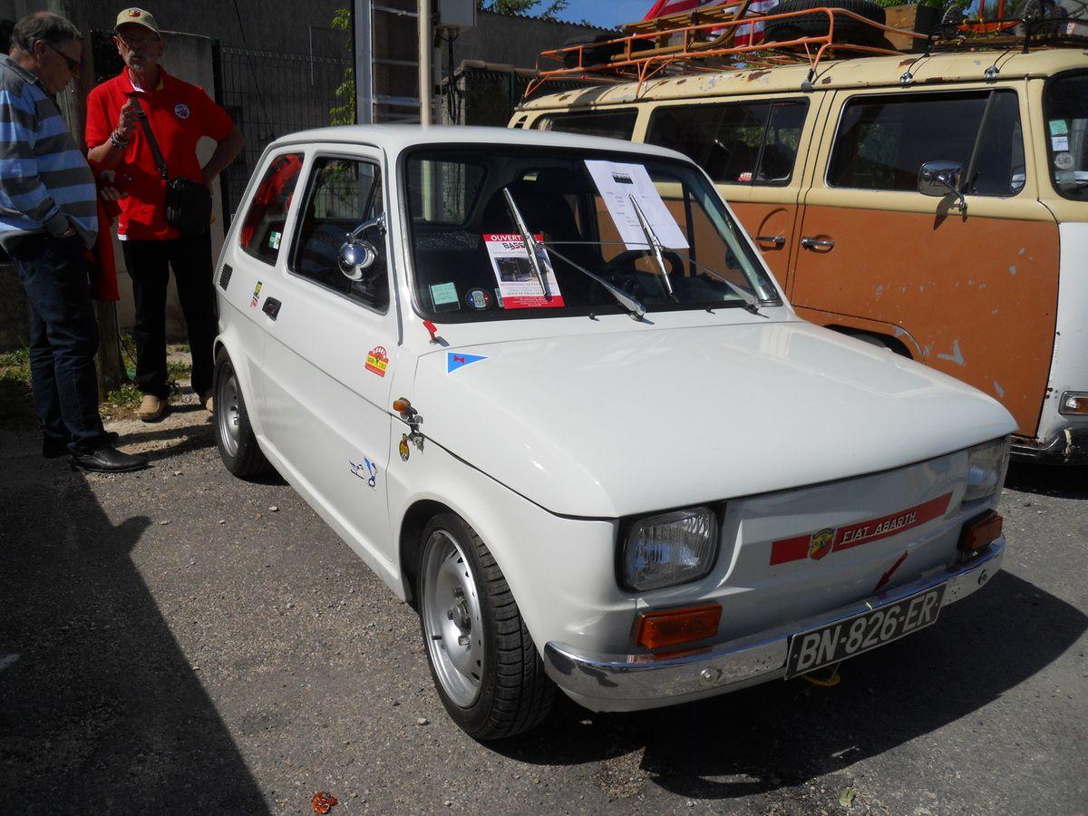 Expo véhicules anciens et bourse d'échanges PUJAUT AUTO RETRO Dimanche 21 MAI 2017 à Pujaut (30)