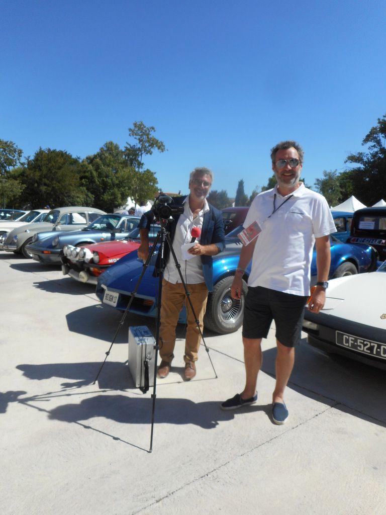 Automobiles anciennes à l'Isle-sur-la-Sorgue  Antiq'Auto Trophée samedi 12 AOÛT 2017 dans le cadre de Antiques Art & You