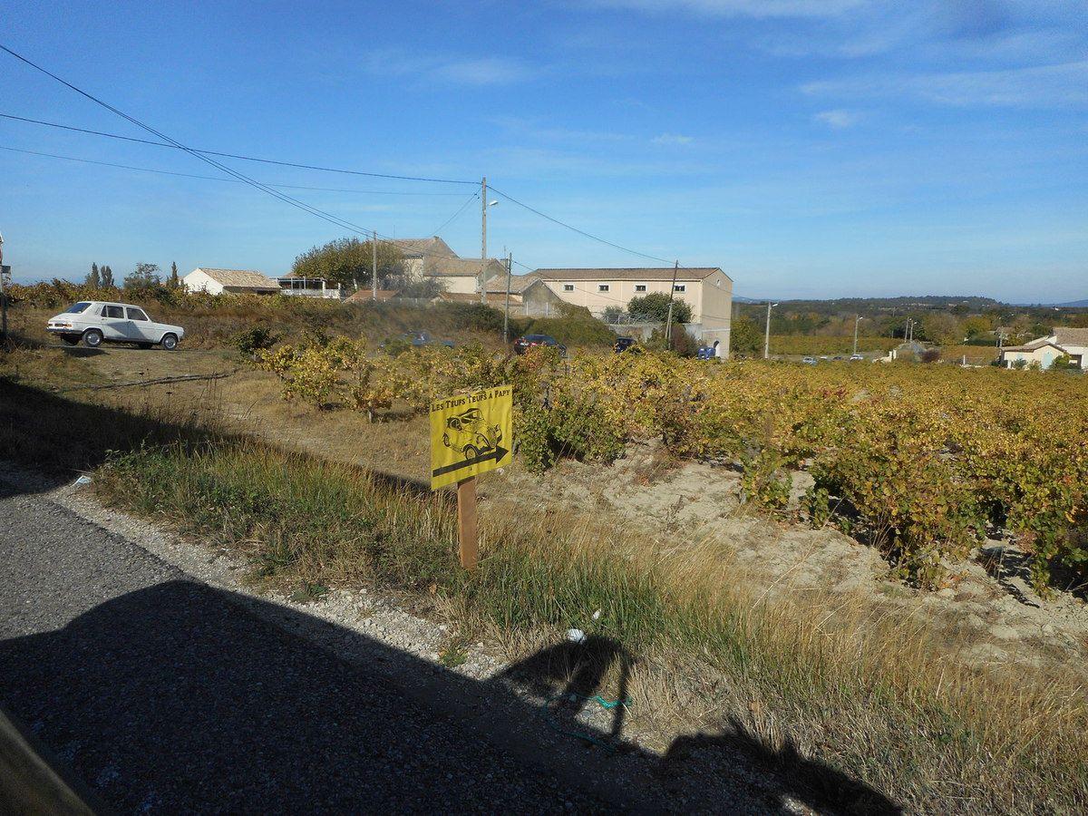 Dimanche 29 OCTOBRE 2017 5e balade dans les Vignes du Pape à Caderousse (84)