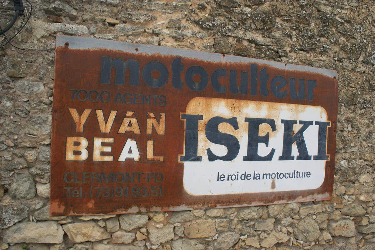 Automobiles de 1920 à 1940 en balade autour du MONT VENTOUX le 3 JUIN 2018
