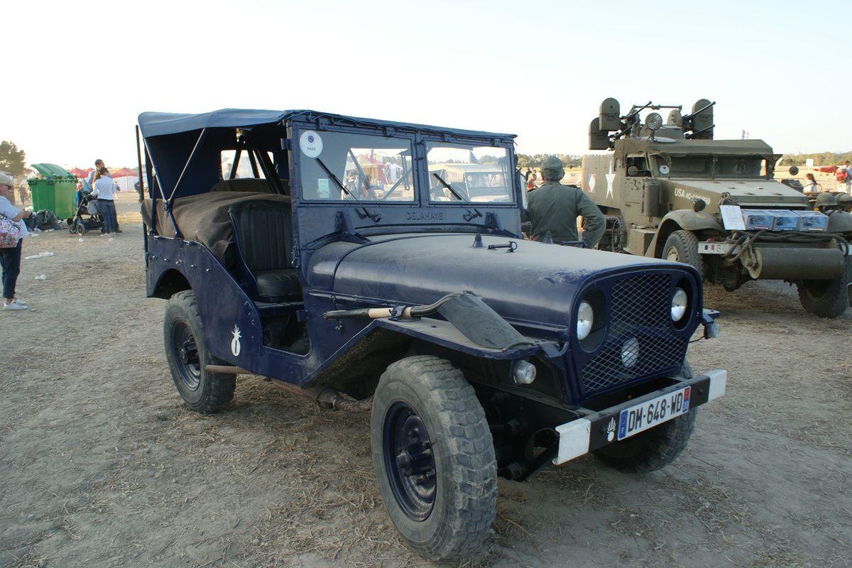 « Vend JEEP HOTCHKISS M201 RAF bleu »