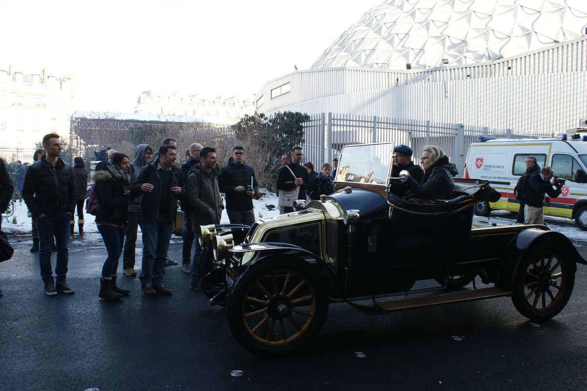 Le club LES TEUFS TEUFS  Veteran Car Club de France - RETROMOBILE 2018