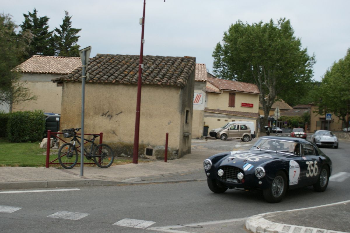 27ème édition du TOUR AUTO Vendredi 27 avril 2018 :  Avignon-Aix-en-Provence (environ 380 km)