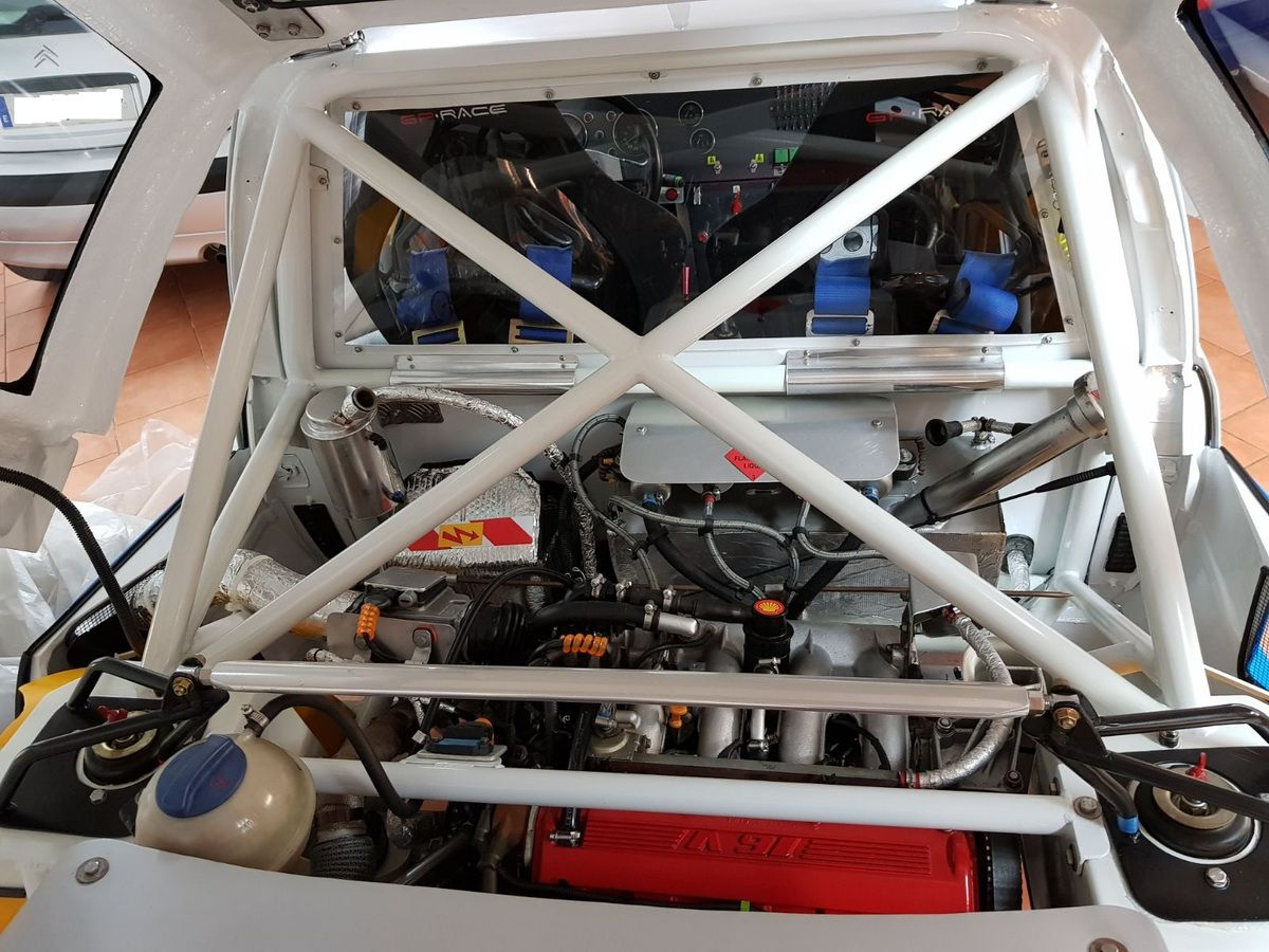 A VENDRE –  PEUGEOT 205  Turbo 16 réplique Evo 1
