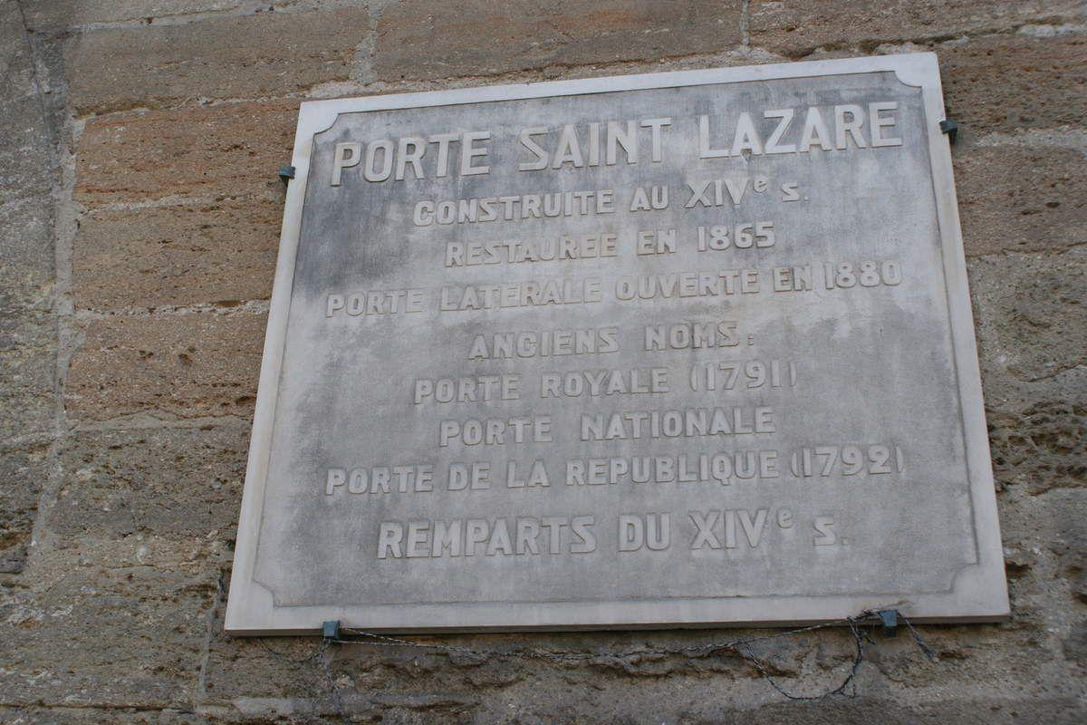 21 MARS 2019, grand ménage de printemps à Avignon, complices de toujours du bar Saint-Lazare, pas 1 mais 4 platanes abattus à Avignon