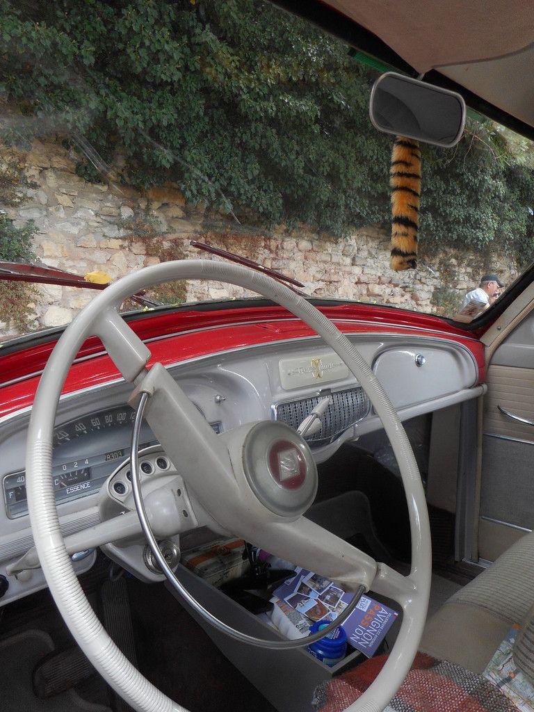 Dimanche 30 JUIN 2019 véhicules anciens à Caderousse (Vaucluse)