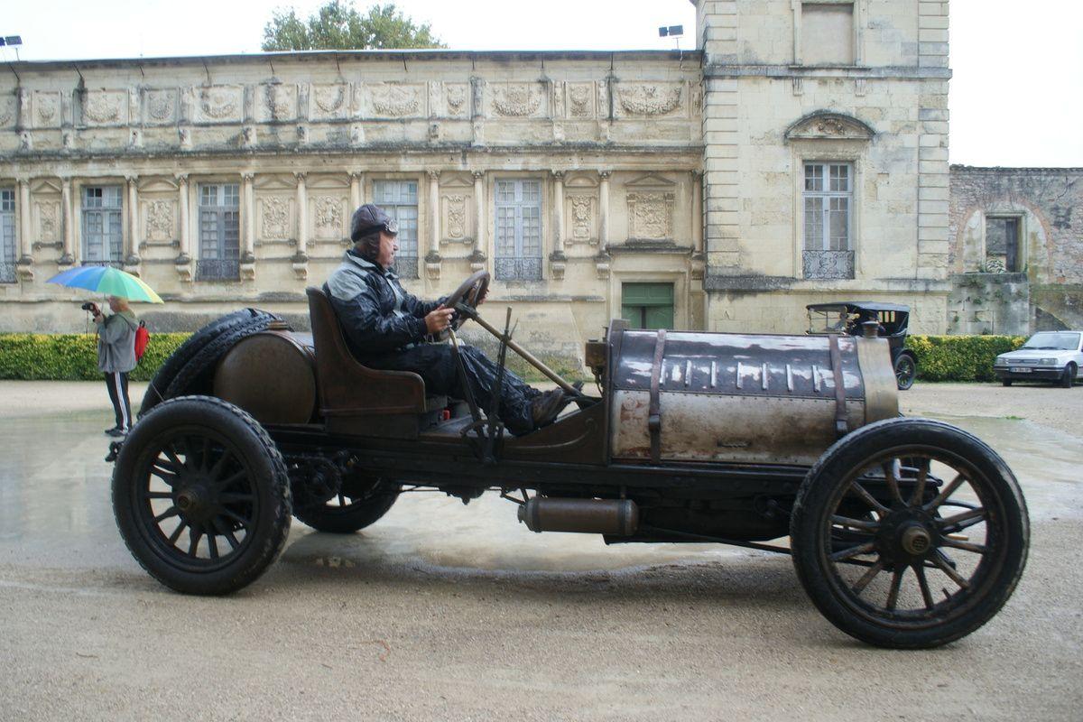 La FARANDOLE des ANCÊTRES, réservée aux automobiles des origines à 1919,  passera dimanche 13 OCTOBRE 2019 par Avignon dans le Vaucluse
