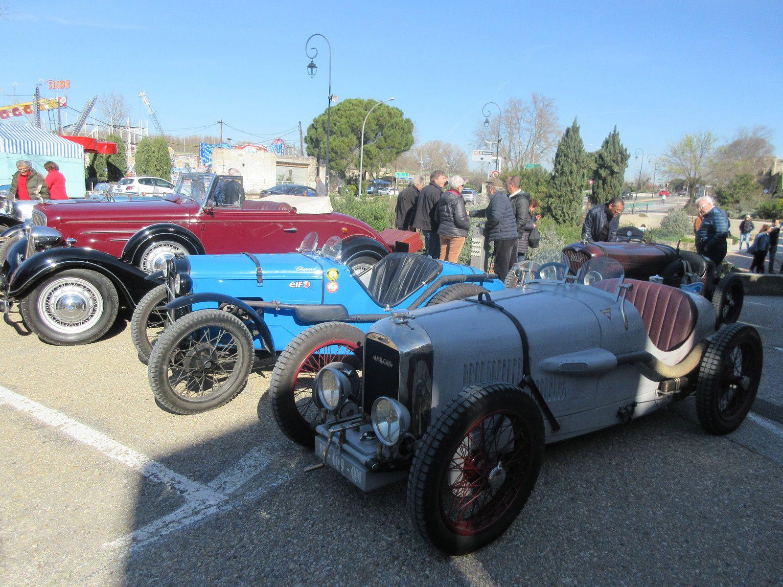 Samedi 22 FÉVRIER 2020 pose d'une  plaque commémorative  des Lieux de l'Histoire  Automobile FFVE   en l'honneur du circuit de vitesse des Allées de l'Oulle à Avignon
