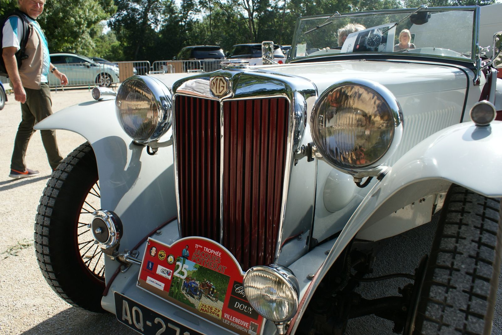 Les SOUPAPES AVGNONNAISES, en passant par les Morris Garages
