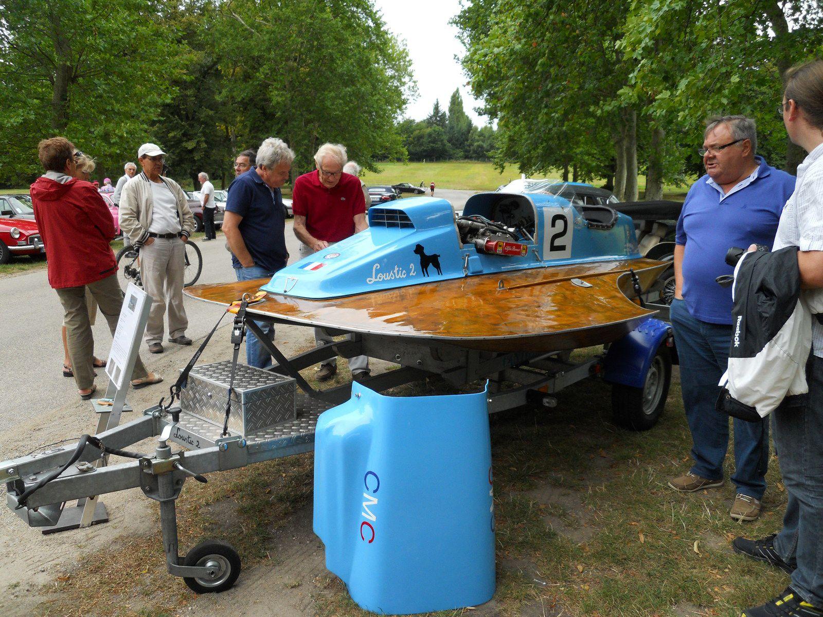 1ER RONOBATO   Réunion rétronautisme  bateaux de collection à moteur  et soupapes Villeneuve les Avignon –Avignon - prochainement en  2020