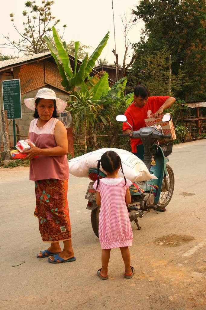 PHOTOS PROJET HUMANITAIRE EN THAILANDE