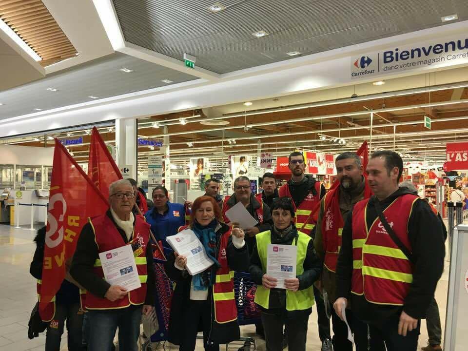 Carrefour Vaulx en Velin (69) - Plan Bompard on n'en veut pas.