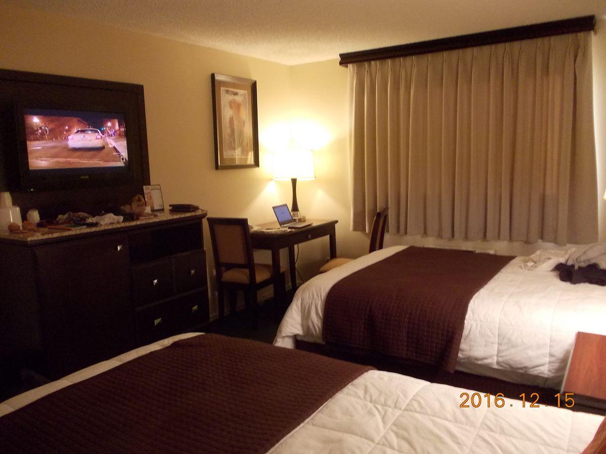 Ma chambre pour aujourd'hui et demain à l'Hôtel Longhorn à Las Vegas. Pour 55 $ (les deux nuits). C'est un excellent prix.