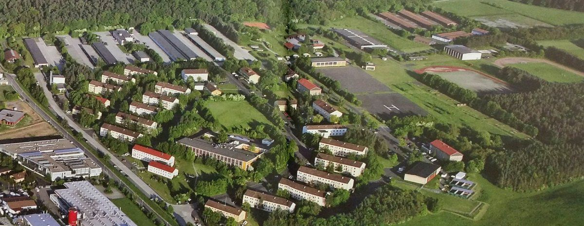 Das Luftbild zeigt die Größe der Kaserne