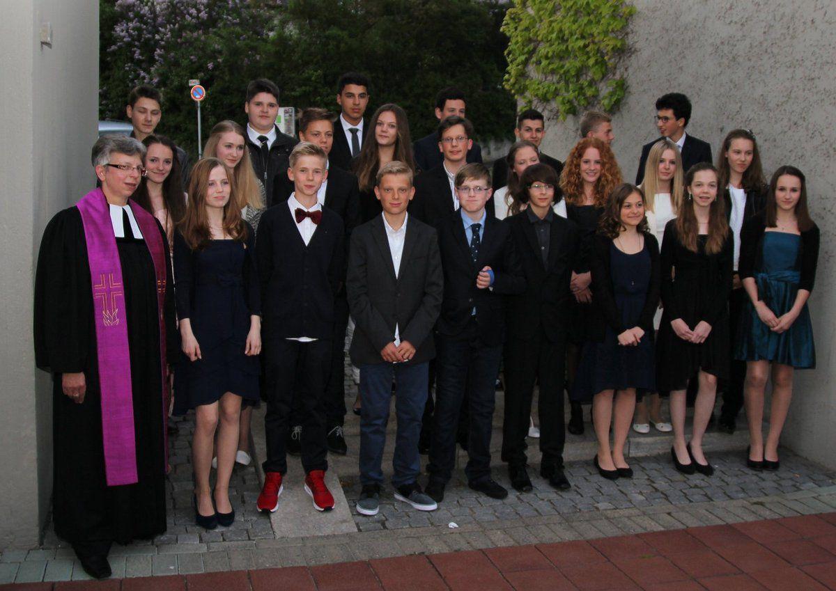 24 Konfirmanten sind nun vollwertige Mitglieder der Christuskirche Veitshöchheim