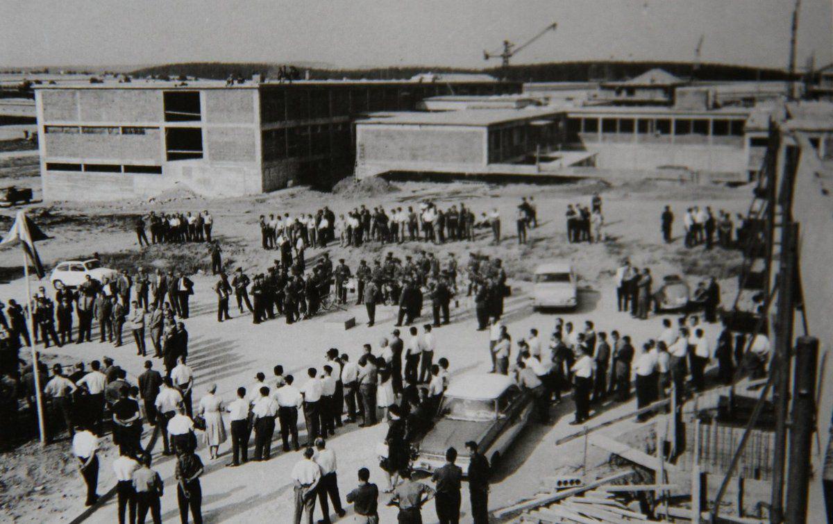 1965 feierte man das Richtfest für die Gebäude des Fernmeldebataillons 12 in der Veitshöchheimer Balthasar-Neumann-Kaserne