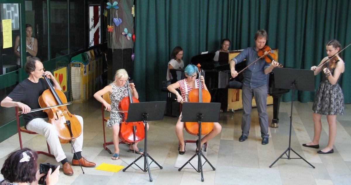 Tolle Attraktionen beim Schulfest der Veitshöchheimer Mittelschule mit Zirkus, Theater und viel Musik