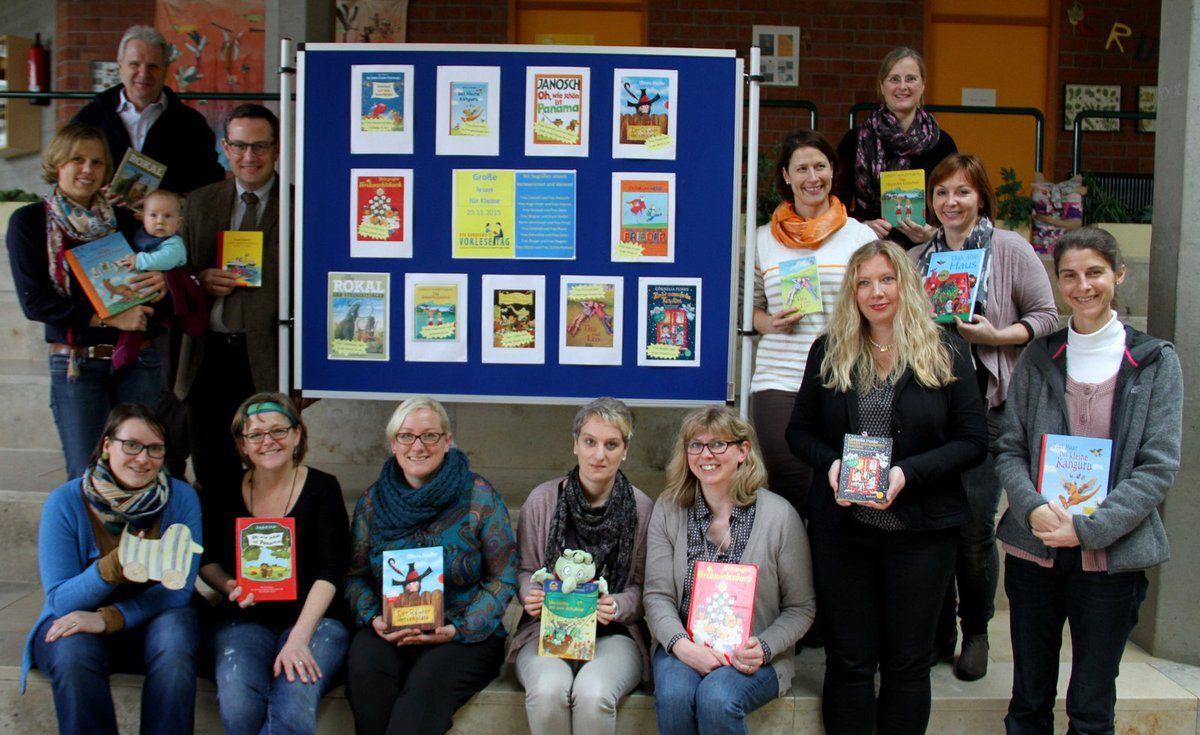 Die 17 Vorleser an der Veitshöchheimer Grundschule beim bundesweiten Vorlesetag
