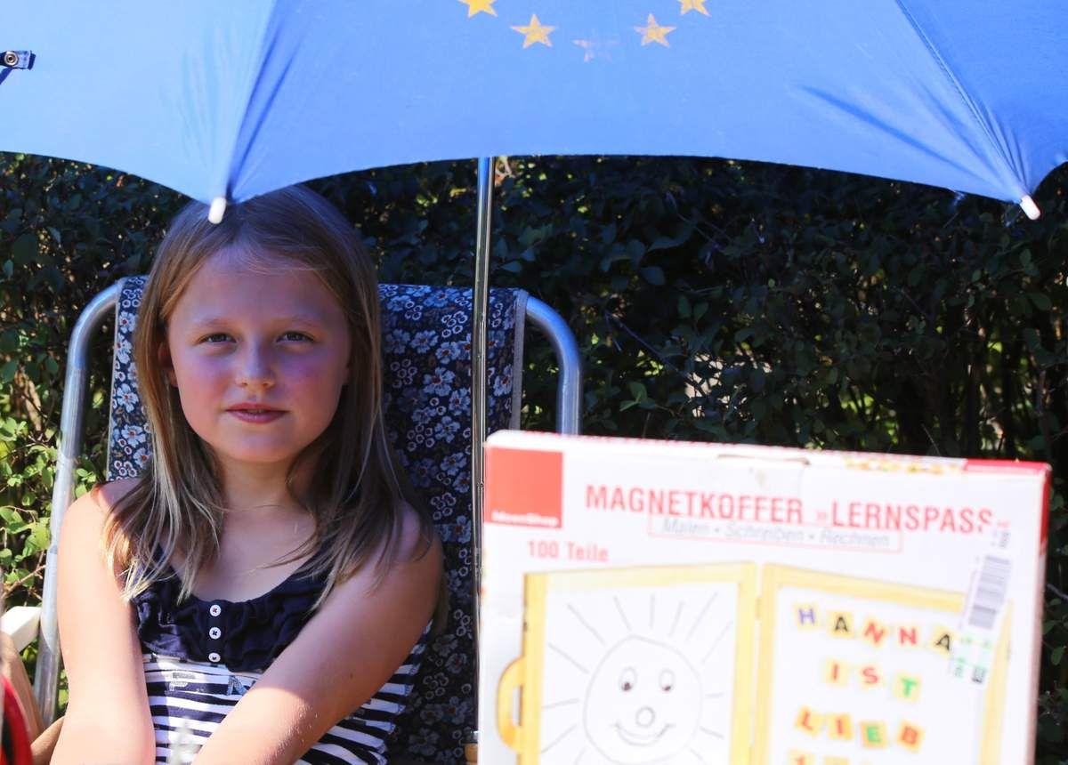 Aus Mannheim kam die kleine Lotte, die mit ihrer Veitshöchheimer Oma so allerlei Trödelsachen verkaufte.