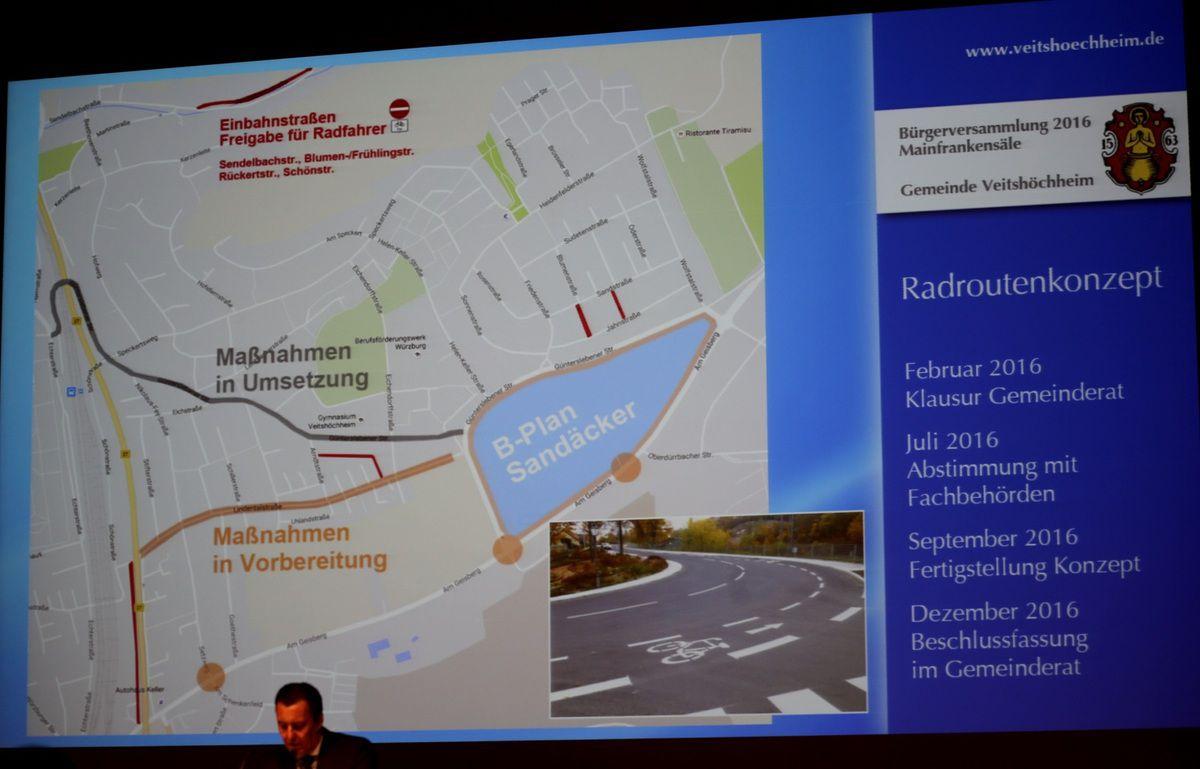 Das von einem örtlichen Ingenieurbüro erstellte Radroutenkonzept wurde in diesem Jahr in verschiedenen Gesprächen weiter verfeinert, ergänzt und verändert. Am 7. Dezember gibt es noch ein abschließendes Gesprächen mit den Fraktionen um Maßnahmen aus dem Konzept zu definieren die haushaltswirksam werden und entsprechend in die Finanzplanung eingestellt werden sollen. Bei Baumaßnahmen, insbesondere Straßenbaumaßnahmen werden zukünftig die Vorschläge des Radroutenkonzeptes in die Planungen mit einbezogen.