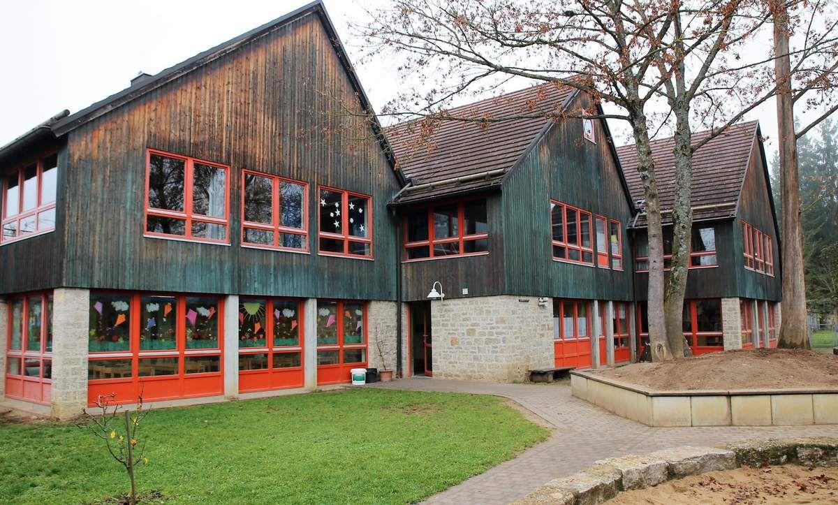 Kindergarten St.  Martin wird für ~1,8 Mio. Euro umgebaut und saniert - Gemeinderat billigt ~ 540.000 Euro-Zuschuss.