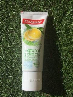 Dentifrice Colgate Natural Extracts