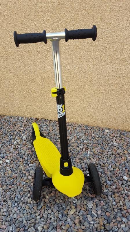 Trottinette B1 Oxelo coque jaune