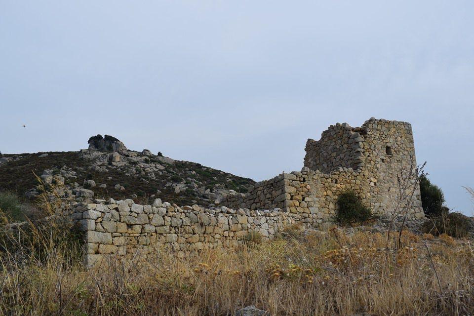 CORSE : Ma découverte du village abandonné d'OCCI