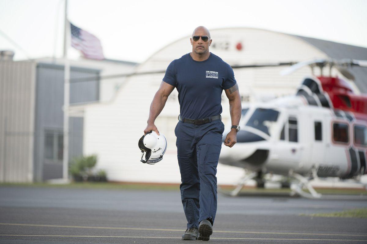 San Andreas - Dwayne Johnson en pilote d'hélico Super-héros