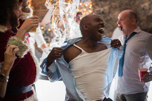 JOYEUX BORDEL - c'est un film avec Jennifer Aniston,T.J. Miller et Jason Bateman ! Au cinéma le 21 décembre #JoyeuxBordel