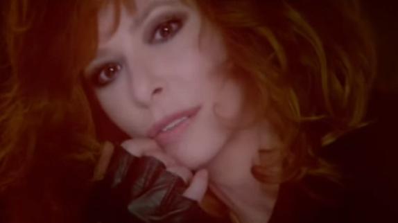 Le nouveau clip de Mylène Farmer, Rolling Stone