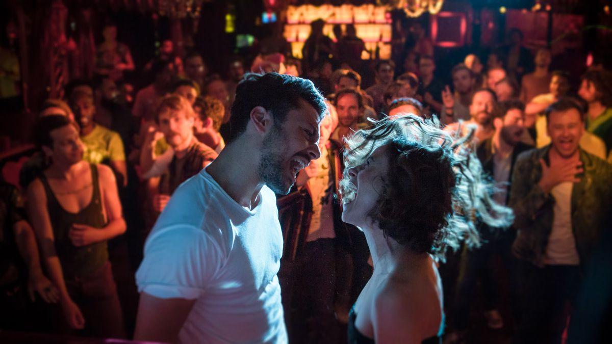 LOVE ADDICT avec Kev Adams; Mélanie Bernier et Marc Lavoine au Cinéma le 18 Avril 2018