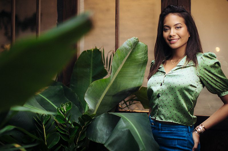 """Vaimalama : Miss France 2019 présente son 1er clip """"Jardin d'hiver"""""""