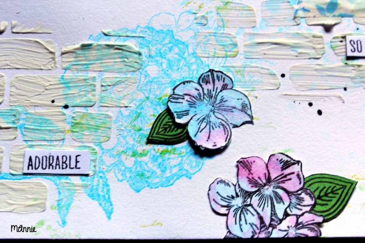 """tampons """"hortensia"""" (Action ) tamponnés avec  une encre dye Izink bleue"""