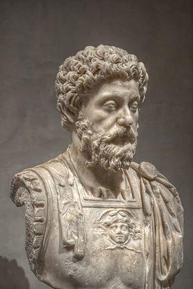 Autorité et Pouvoir chez les classiques et les modernes